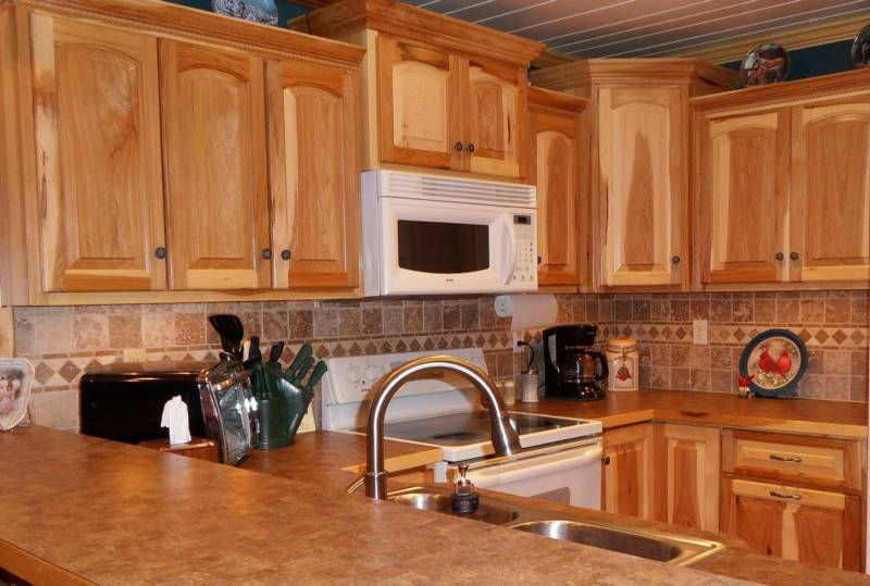 Howard Snead Woodworking Inc - Homestead Business Directory